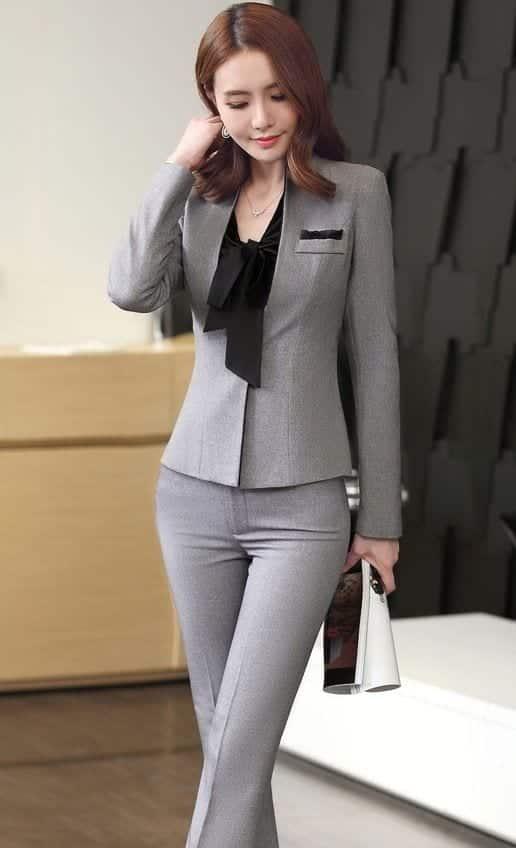 Áo kiểu + Quần âu + Vest tay dài