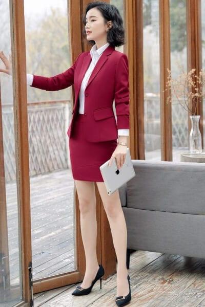 Set áo sơ mi chân váy body áo khoác vest chuẩn form - 99+ Mẫu đồng phục công sở nữ tự tin khoe vóc dáng