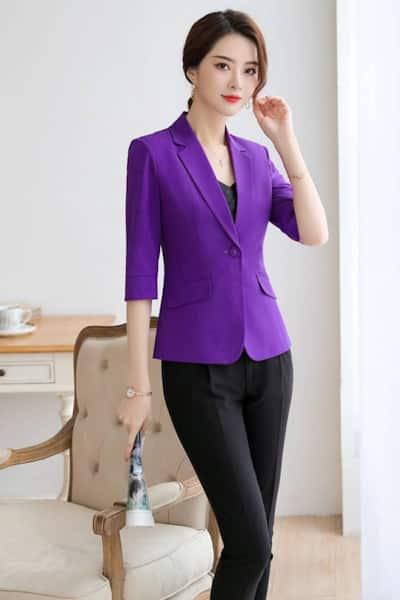Mix áo kiểu với quần âu khoác thêm vest tay lỡ - 99+ Mẫu đồng phục công sở nữ tự tin khoe vóc dáng