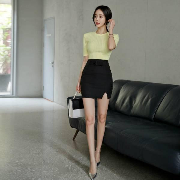 Chân váy công sở ngắn body xẻ trước - F1002CVN - Ảnh 1