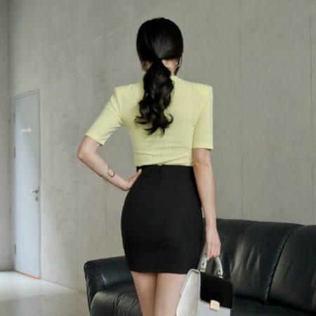 Chân váy công sở ngắn body xẻ trước - F1002CVN - Ảnh 2
