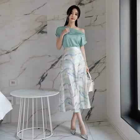 Chân váy hoa dáng suông form rộng - F1001CVD - Ảnh 2