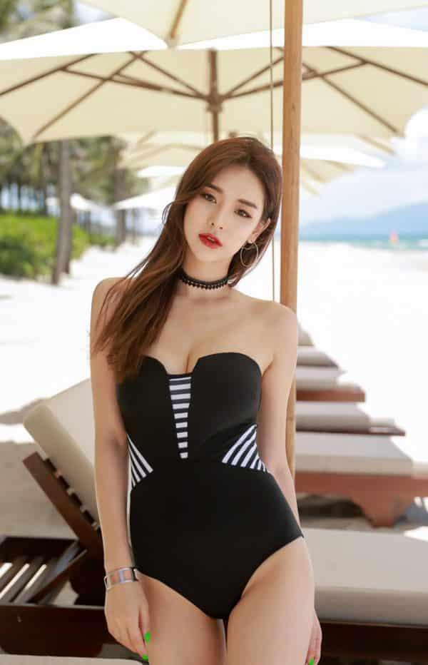 Bikini một mảnh - Ảnh 49