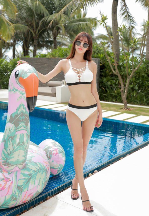 Bikini hai mảnh - Ảnh 239