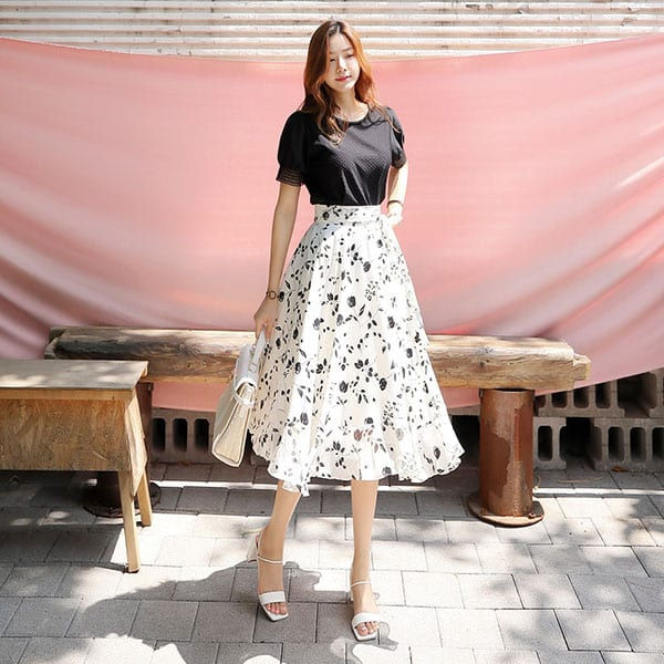 Chân váy voan trắng họa tiết hoa đen - F1004CVD - Ảnh 1