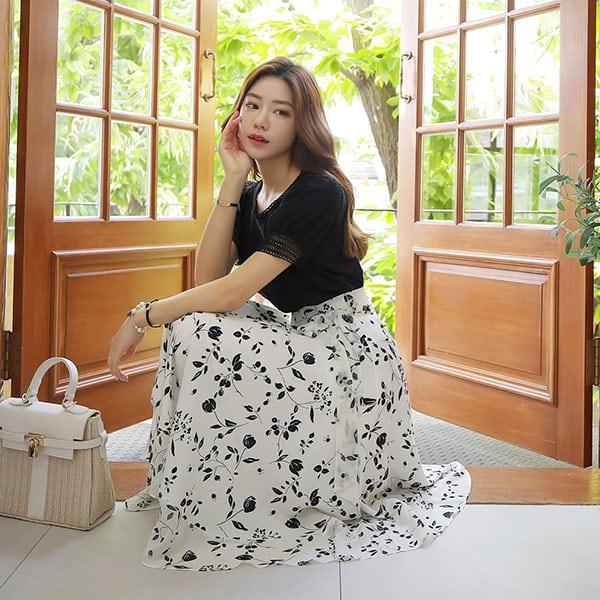 Chân váy voan trắng họa tiết hoa đen - F1004CVD - Ảnh 2