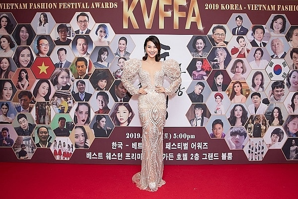 Lễ hội Korea - Viet Nam Fashion Festival Awards 2019 - Ảnh 1