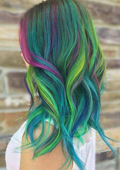 Tóc đen highlight nhiều màu sắc