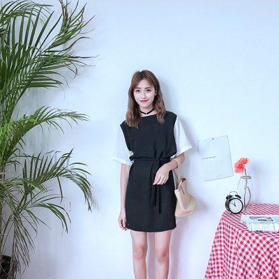 Đầm suông phối 2 màu đen trắng đơn giản mà đẹp