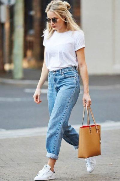 Áo phông quần jeans có lỗi mốt bao giờ?