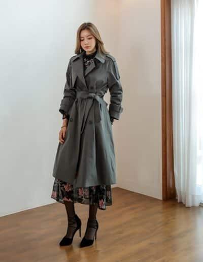 Trang phục dáng dài, nhấn ở eo nữ CEO hay diện