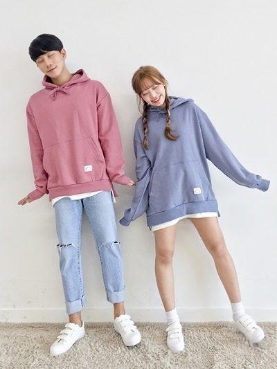 Nhí nhảnh khi cùng diện áo hoodie màu pastel