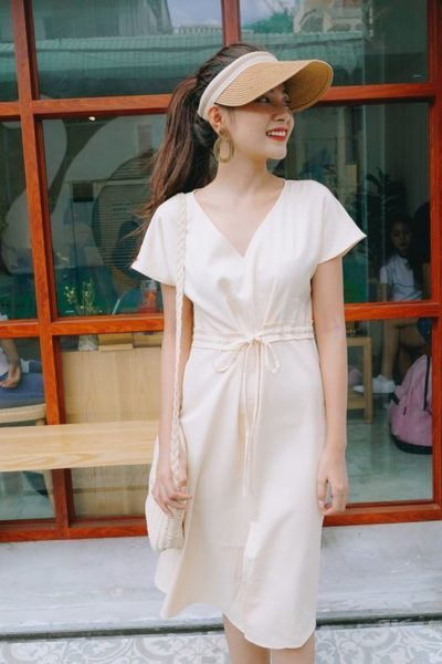 Đầm thắt eo