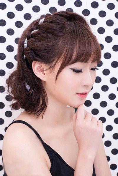 Mẹo tết tóc ngắn dễ thương đẹp nhất năm 2020 - Kiểu 27