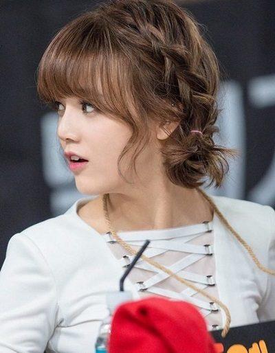Mẹo tết tóc ngắn dễ thương đẹp nhất năm 2020 - Kiểu 31