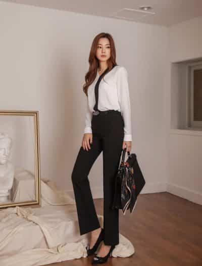 Kết hợp giữa màu trắng đen là nền tảng cho vẻ đẹp quý phái của nàng công sở