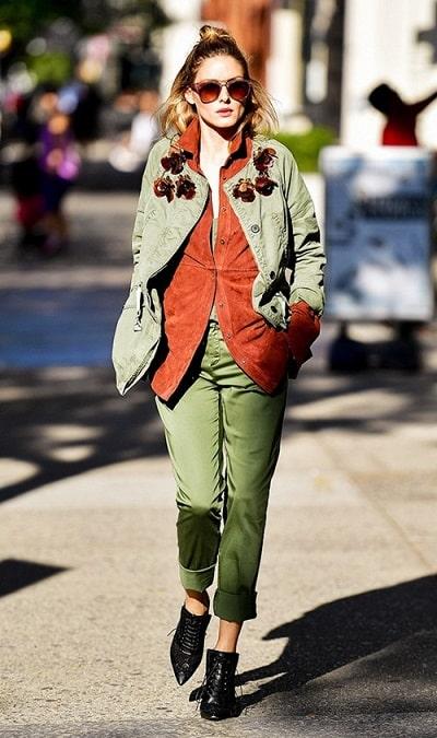Olivia Palermo khá chuộng những màu như xanh quân đội