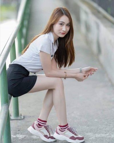 Đồng phục nữ sinh Thái Lan: Áo sơ mi váy ngắn siêu xinh - Ảnh 11