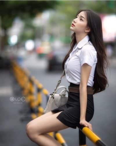 Đồng phục nữ sinh Thái Lan: Áo sơ mi váy ngắn siêu xinh - Ảnh 2