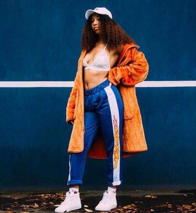 Phong cách Streetwear: Áo lông mix quần thể thao