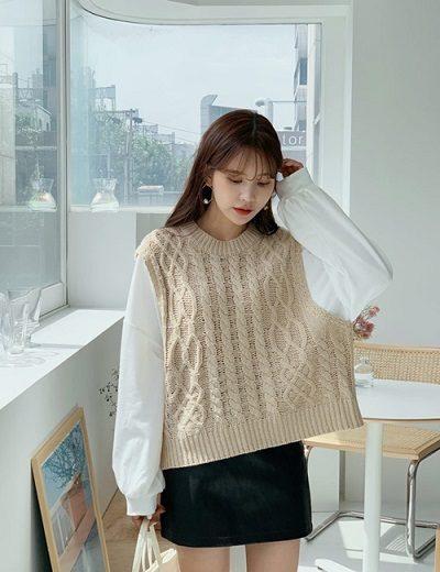 Áo gile len và sơ mi trắng - Ảnh 1 - 5 Kiểu mix áo len thời thượng nổi nhất 2020 cho nữ công sở