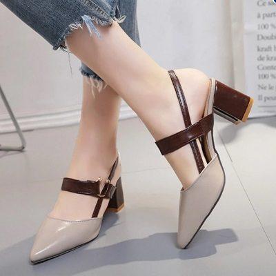 Giày cao gót - 6 Xu hướng phụ kiện thời trang 2020 cho phái đẹp