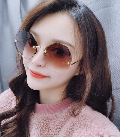 Kính mắt độc đáo - 6 Xu hướng phụ kiện thời trang 2020 cho phái đẹp