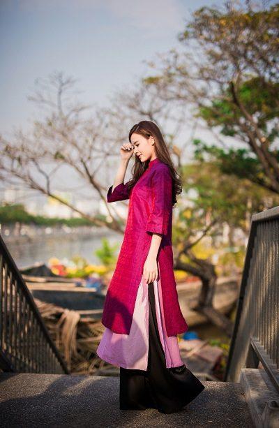 Midu chính là người khởi xướng cho phong cách áo dài này.