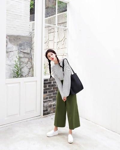 Áo kẻ ngang + Quần culottes + Giày slip-on: công thức mix đồ đi học cho học sinh cấp 2 siêu xinh siêu dễ diện