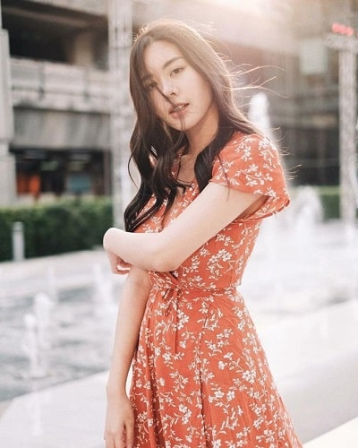 Mặc đồ đi Đà Lạt mùa hè - Công thức 1: Váy hoa nhí