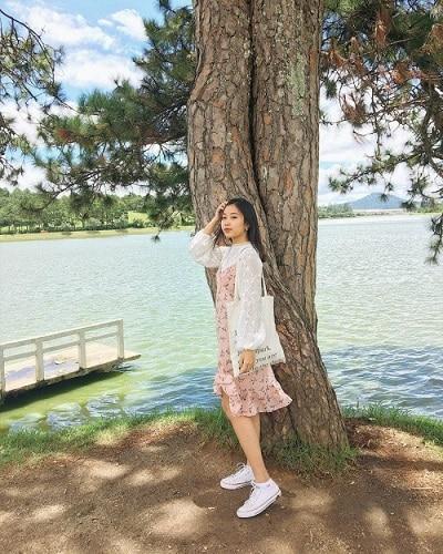 Mặc đồ đi Đà Lạt mùa hè - Công thức 2: Váy hoa nhí