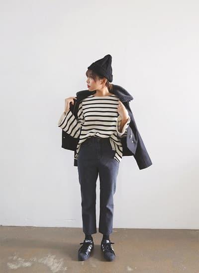 Mặc đồ đi Đà Lạt mùa đông - Công thức 1: Áo khoác jacket dáng ngắn + Quần baggy