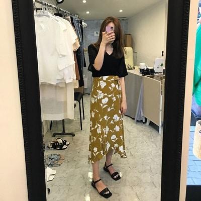 Váy quấn: Những kiểu phối áo thun với váy quần với áo đẹp mê ly - Ảnh 15