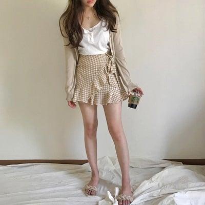 Váy quấn: Những kiểu phối áo thun với váy quần với áo đẹp mê ly - Ảnh 17
