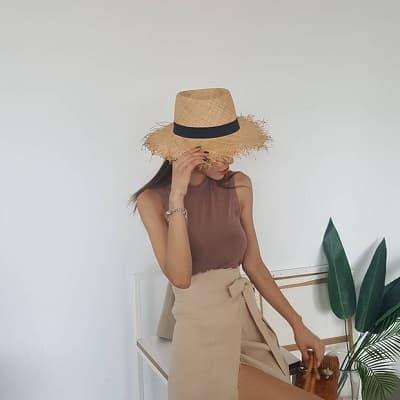 Váy quấn: Những kiểu phối áo thun với váy quần với áo đẹp mê ly - Ảnh 4