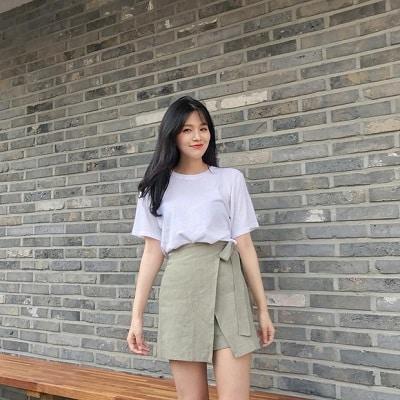 Váy quấn: Những kiểu phối áo thun với váy quần với áo đẹp mê ly - Ảnh 6