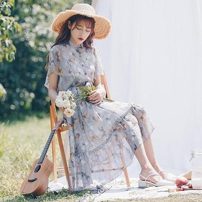 Đầm đi du lịch: Đầm voan hoa dài qua gối