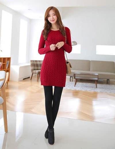 Đầm len ôm tông đỏ tay dài