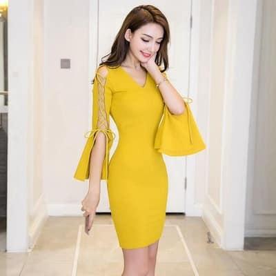 Đầm màu vàng: Đầm body dự tiệc bánh bèo