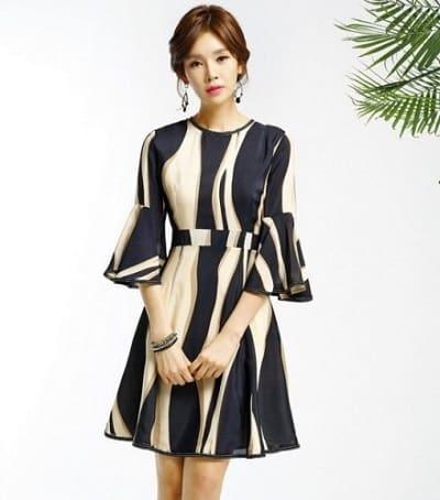 Đầm đẹp tuổi 30: Đầm suông tay bồng
