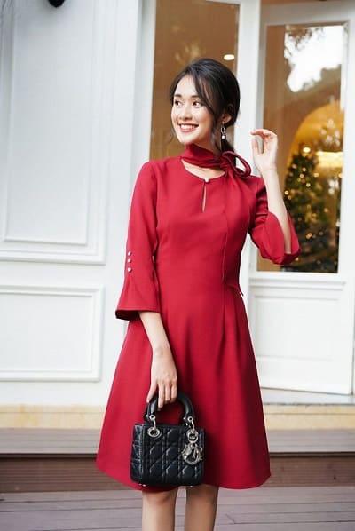 Váy liền thân dáng chữ A có thể phù hợp với nhiều dáng người khác nhau