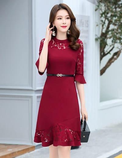 Quyến rũ với đầm liền công sở Hàn Quốc phối ren màu đỏ