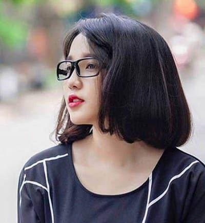 Tóc ngắn ngang vai Hàn Quốc dành cho mặt trái xoan