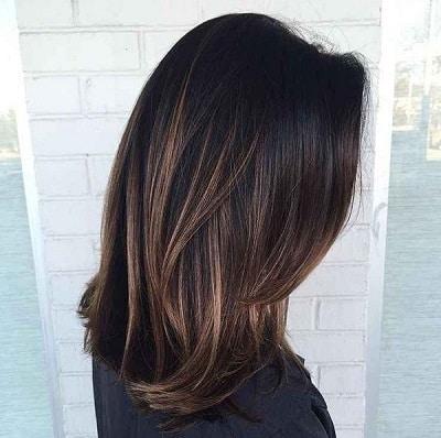 Màu tóc nâu đen