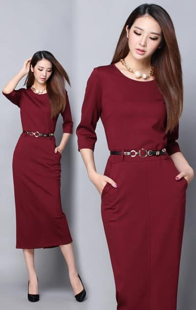 Đầm dáng dài tông đỏ cổ tròn