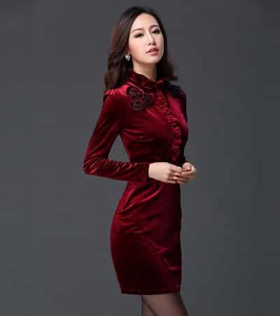 Đầm nhung ôm body màu đỏ