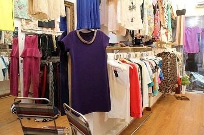 Đường Lê Văn Sỹ: thiên đường mua sắm quần áo tết