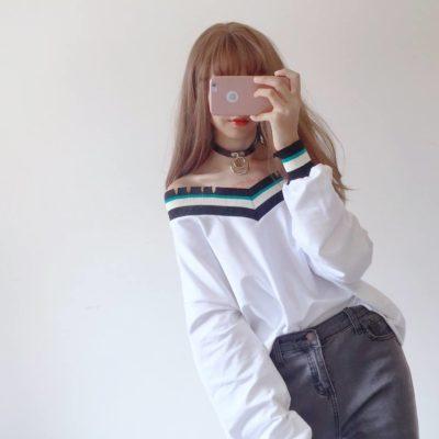 Len Boutique – Cửa hàng phân phối áo trễ vai nhún trẻ trung, ngọt ngào