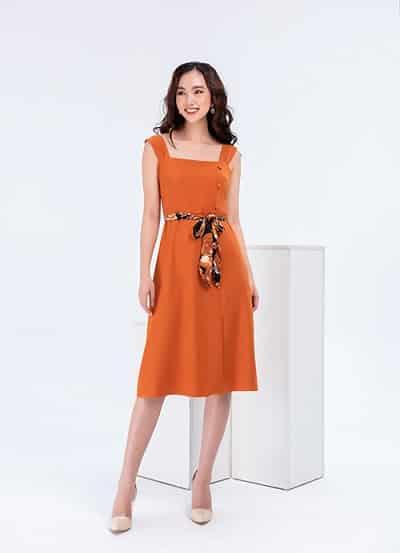 Mẫu váy công sở hè 2020 gam màu cam truyền năng lượng hứng khởi cho ngày làm việc hiệu quả