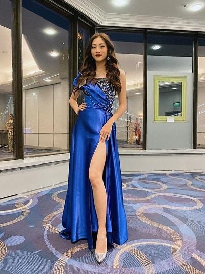 """Hoa hậu thế giới Việt Nam Lương Thùy Linh cũng mang một chiếc váy có màu sắc """"hot trend"""" này sang Anh tham dự cuộc thi Miss World 2019."""
